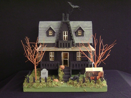 BL-LC4543 Haunted House w/Light