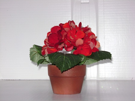 KK-10029-RD Red Potted Hydrangea