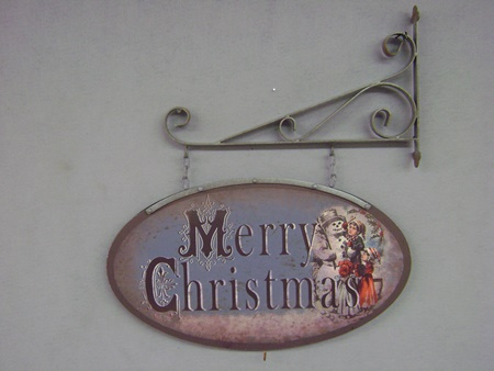 RH-E153386 Hanging Snowman Christmas Sign